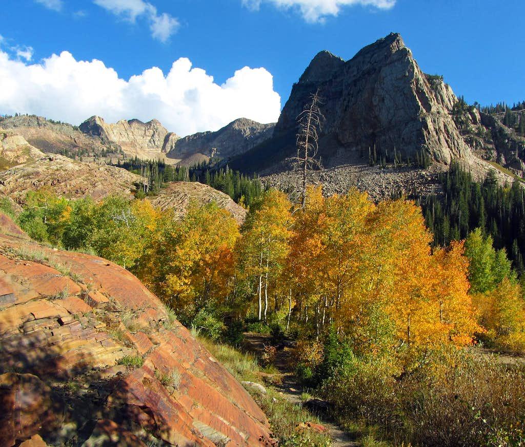 Fall colors below Sundial