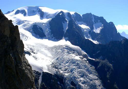 Mont Cordine into Mont Velan Group
