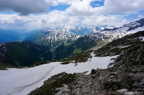 View down towards the Furkapass (2430m)