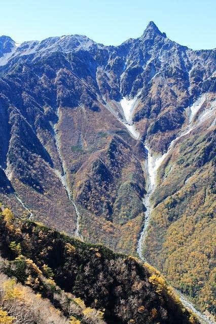 Late Autumn Mt. Yari1