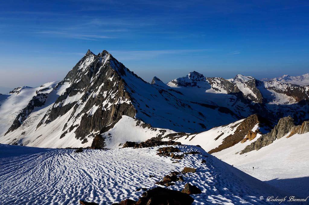 Portjengrat (11995 ft / 3656 m) as seen from the SE-ridge of Weissmies (13198 ft / 4023 m).