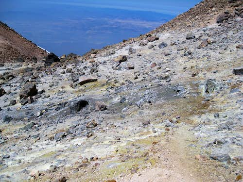 Sulfur spring at roughly 13,900 feet