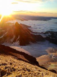 Sunrise over Little Tahoma Peak