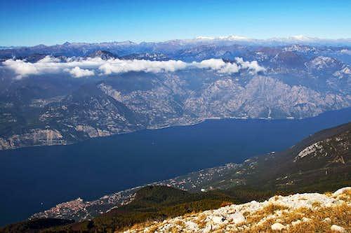 Garda lake from Cima delle Pozzette