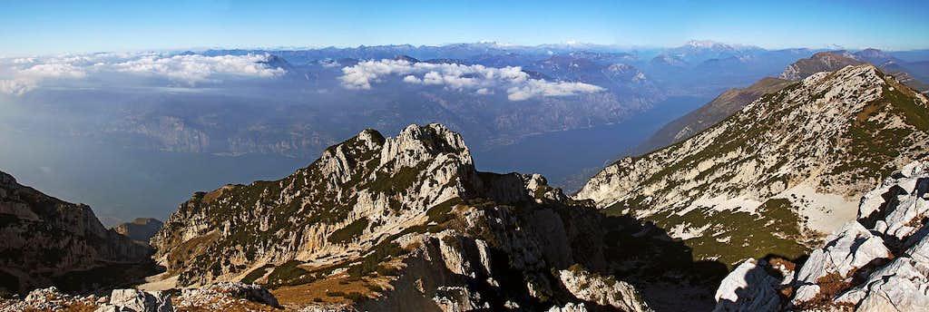 The great panorama from Cima Valdritta