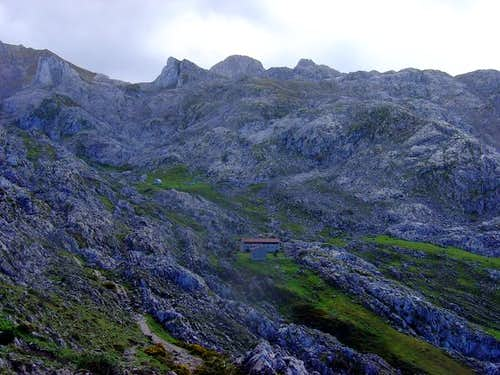 Refugio de Vegarredonda...