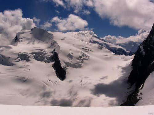 Strahlhorn from high on the Allalinhorn Hohlaubgrat