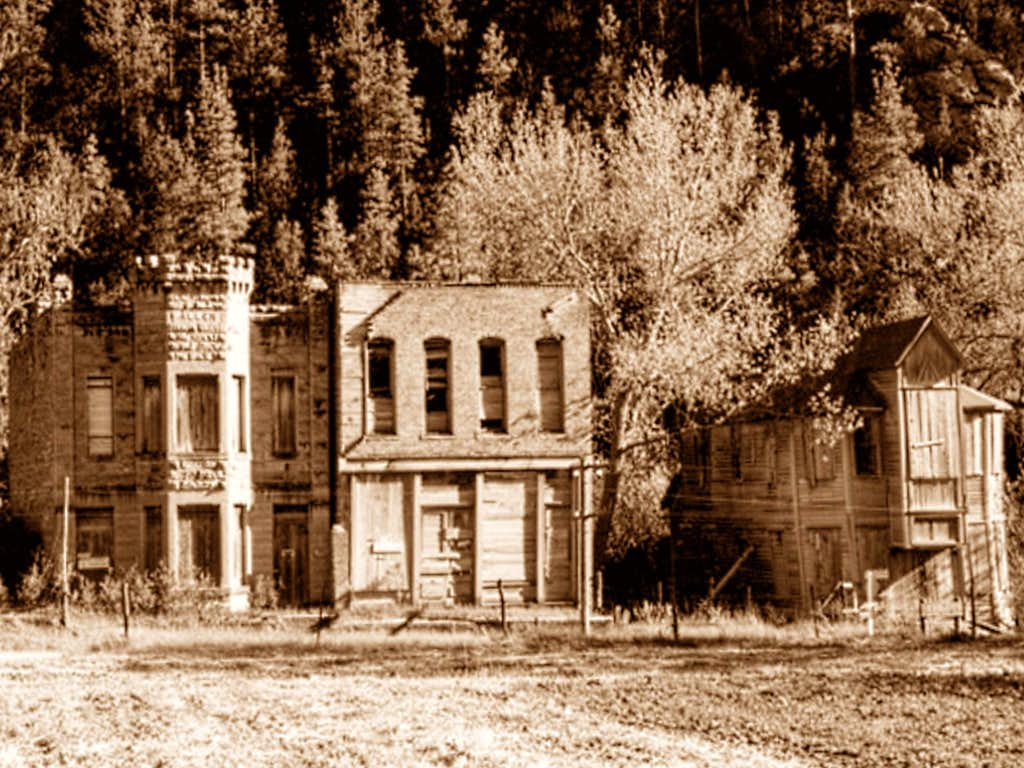 Ruins in Cascade Ghost Town