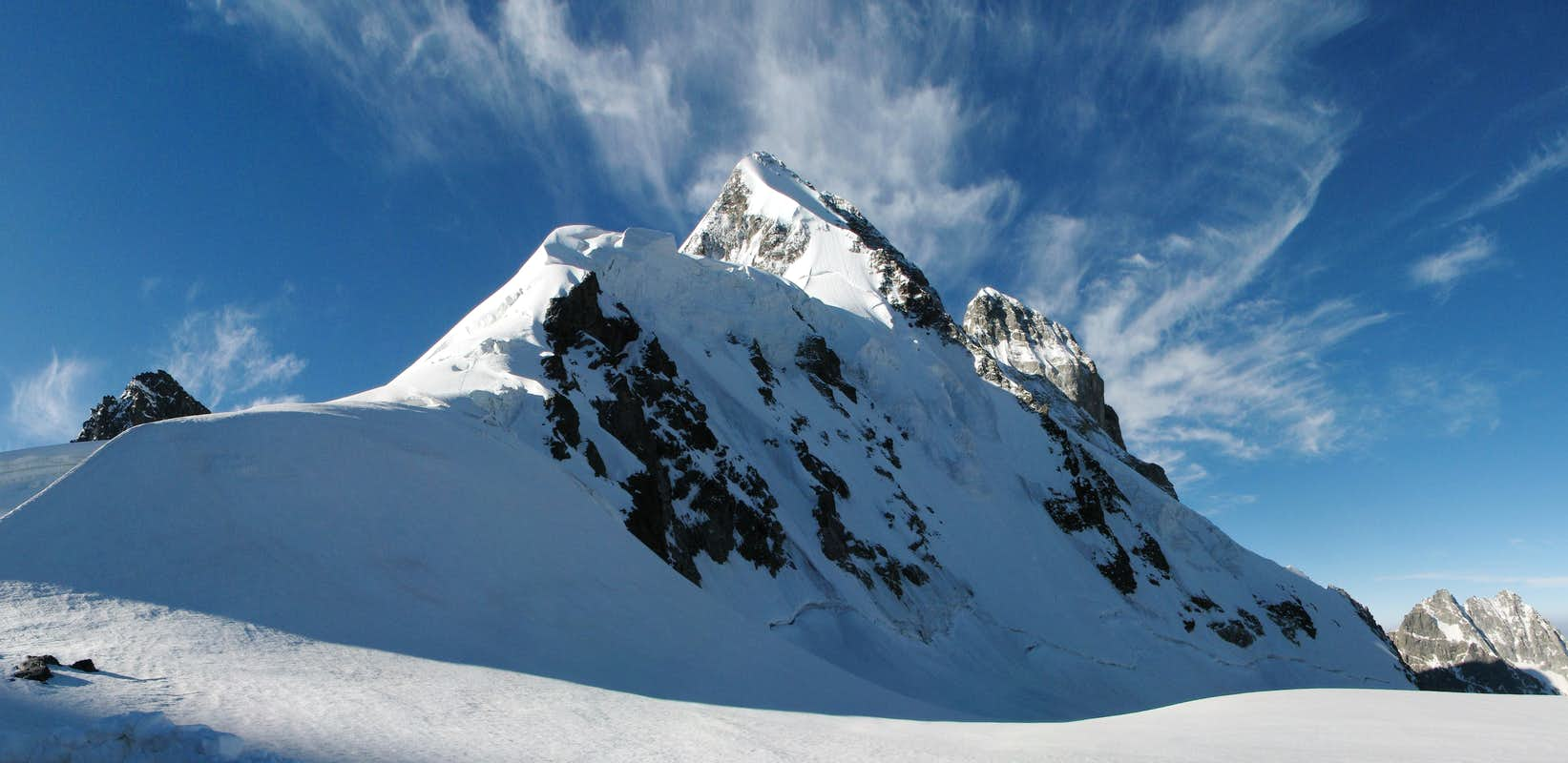 Ushba from Ushba pass : Photos, Diagrams & Topos : SummitPost