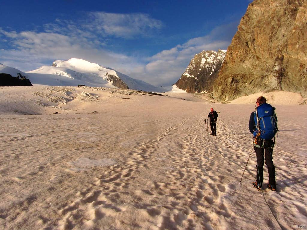 Early morning on the Allalin Glacier