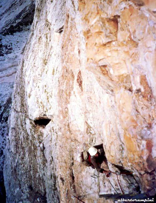 Climbing Tofana di Rozes South Pillar