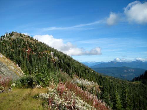 Branches Mountain/Segelsen Ridge