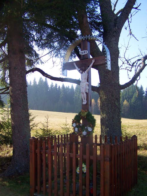 Crucifix along the Red Trail
