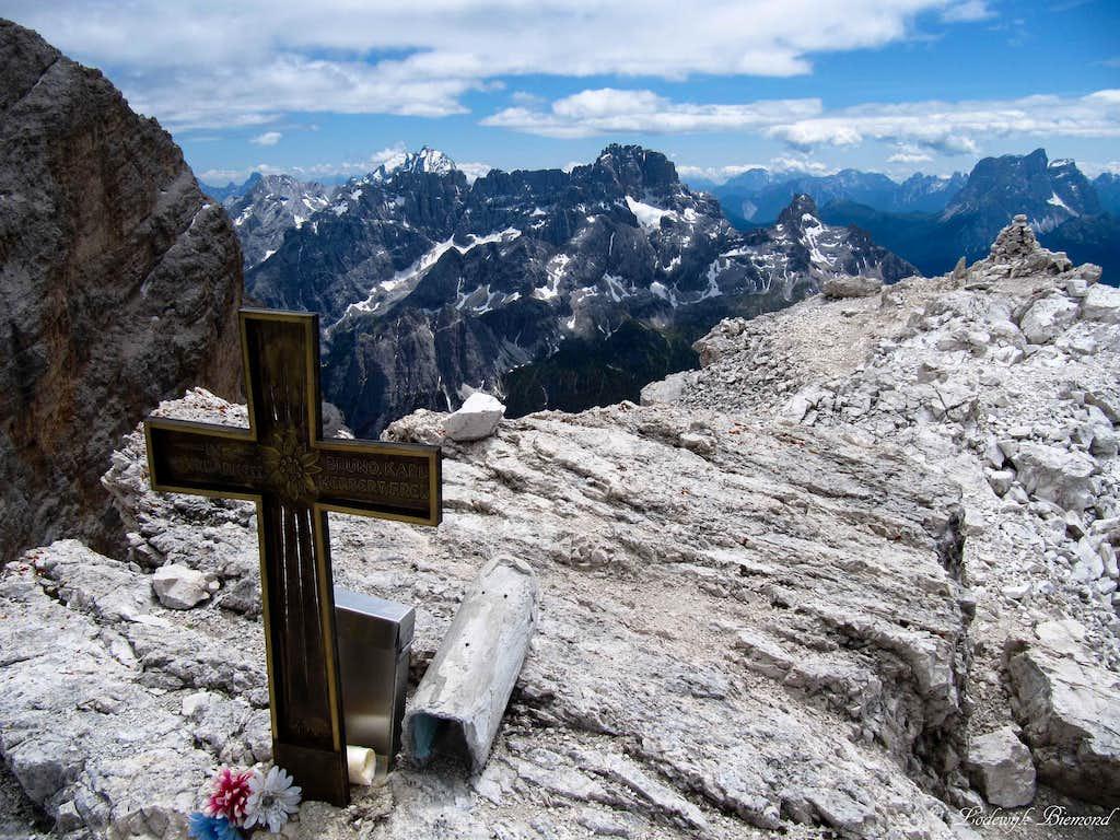 Cristallo di MEzzo Summit Cross