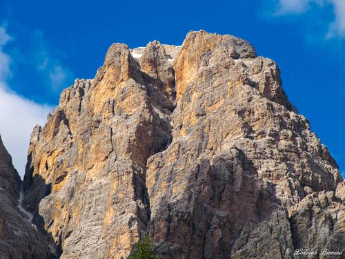 Cristallo (10567 ft / 3221 m; S-Face)