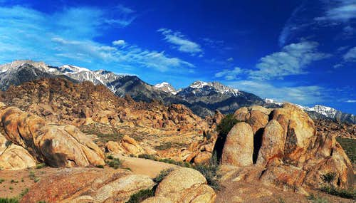 Hlgh Sierra north from the Alabama Hills