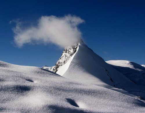 Rimpfishhorn (4199m) from high on Allalinhorn