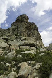 Granite tower south of the main summit of Le Forcelle
