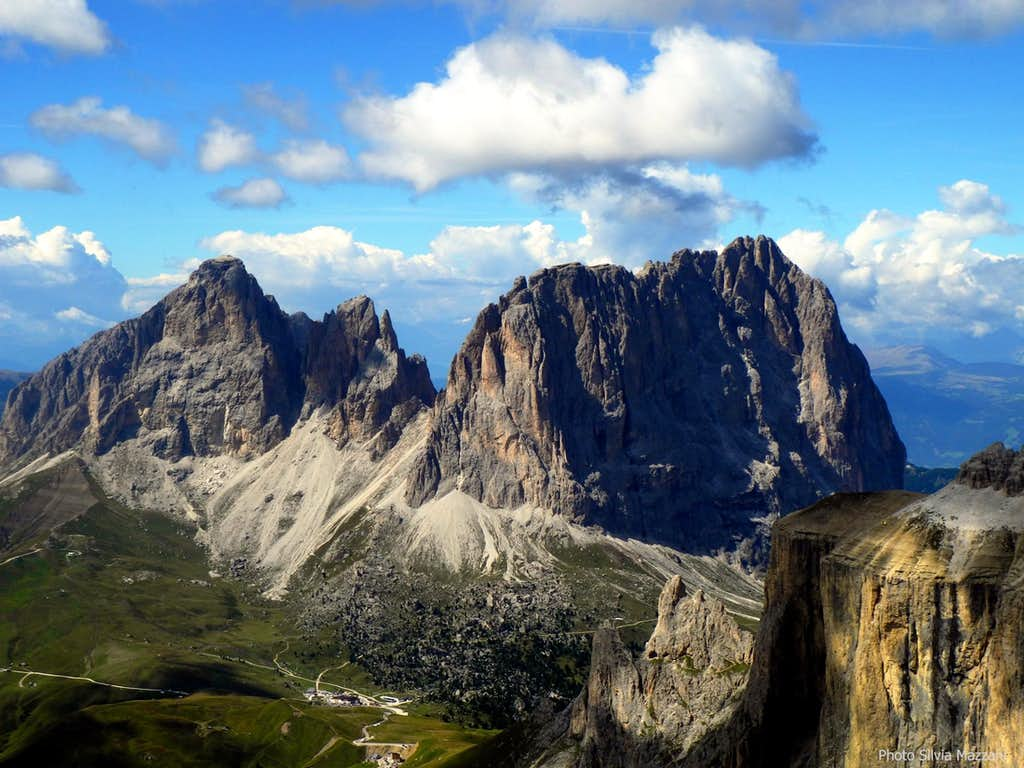 View of Sassolungo group from the summit of Sass Pordoi
