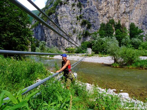 Marco at the iron cables to cross the Sarca River
