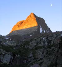 Morning light on Vestal Peak