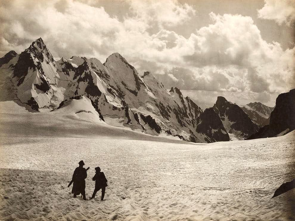 Lekhziri Glacier
