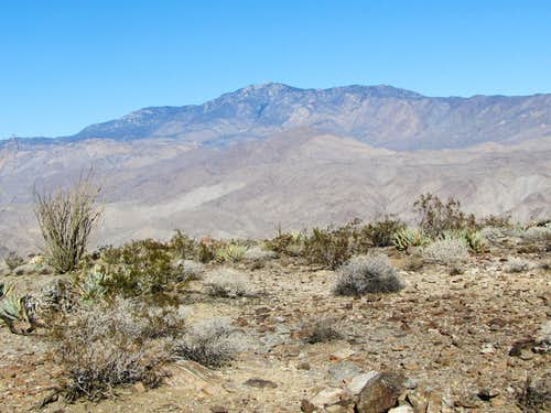 Toro Peak 8716 ft