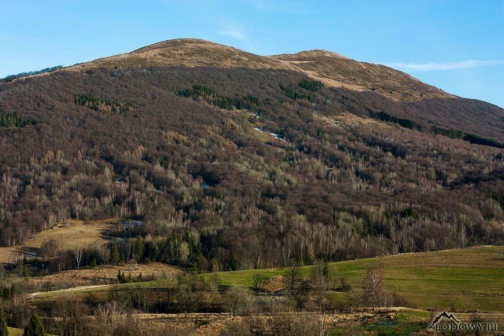 Mt.Polonina Carynska(non snowy December)