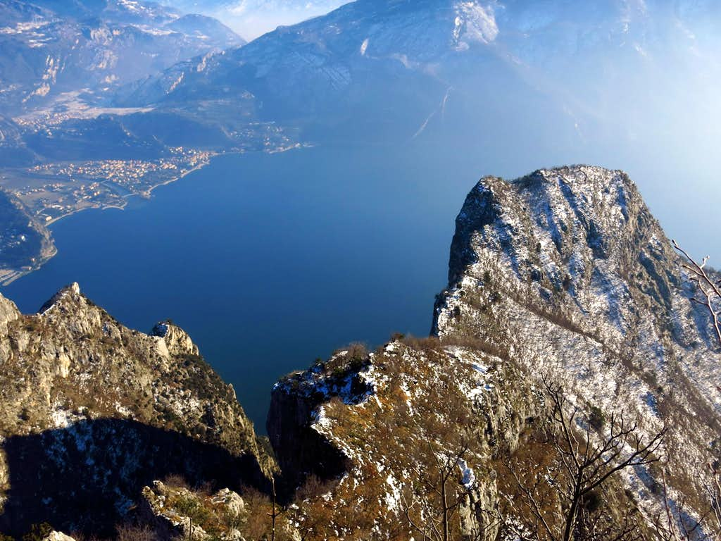 Spectacular view over Garda Lake and Cima Capi from Cima Rocca