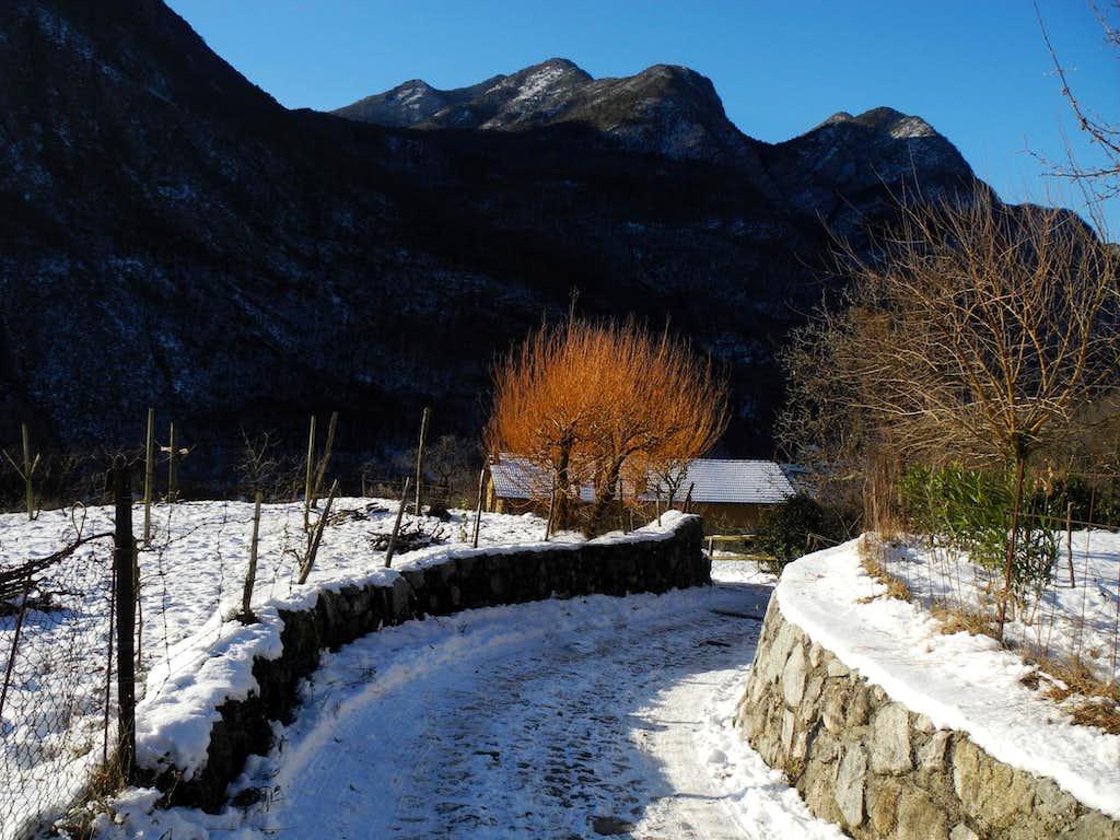 Biacesa di Ledro, start of the route