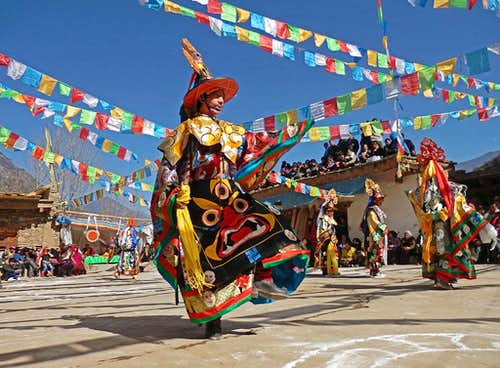 A dancing Tibetan-1