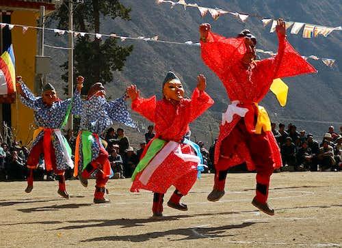 A dancing Tibetan-3