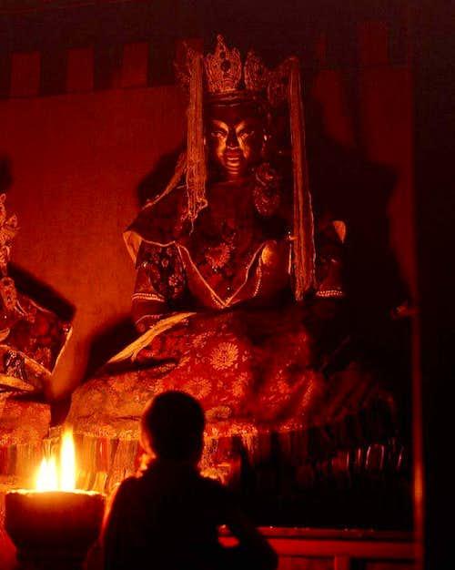 A praying Tibetan-3