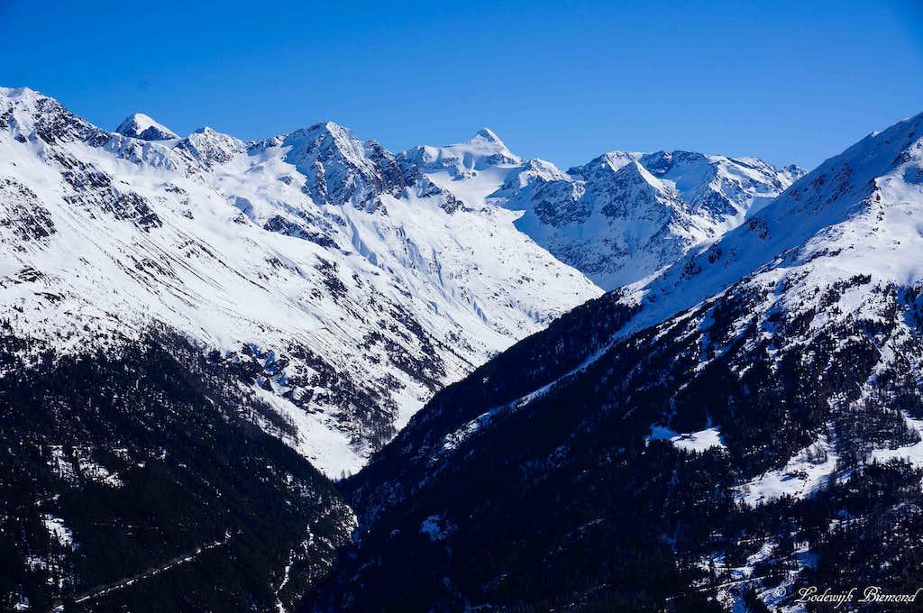 Zuckerhuetl (11505 ft / 3507 m, W-Face)