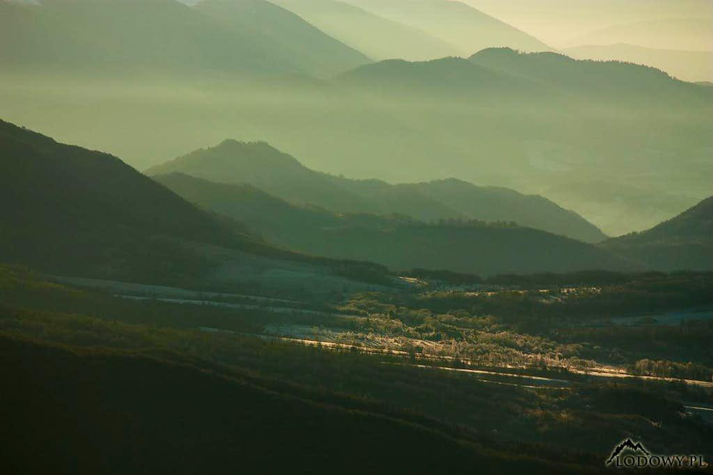 Wolosatka valley