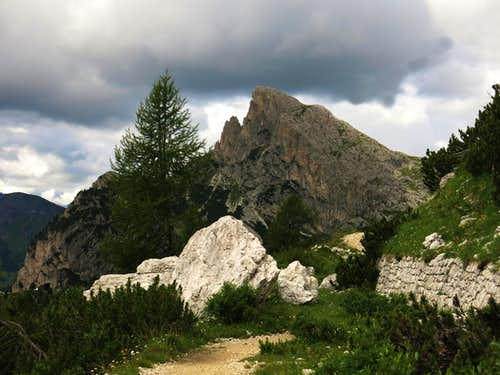 Scenery from Passo Falzarego and surroundings