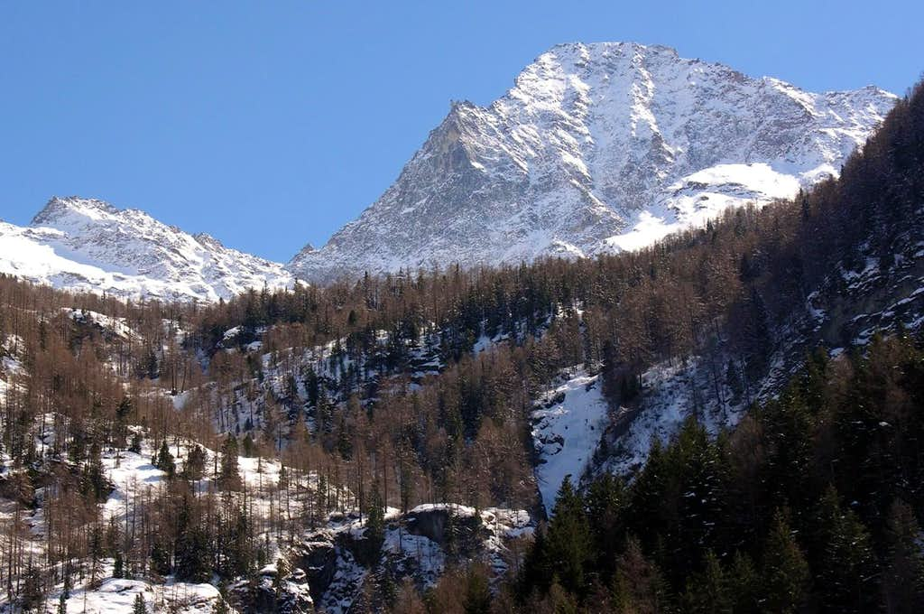 M. Emilius North Face from Arpisson Walloon 2006