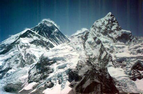 Everest background Nuptse...