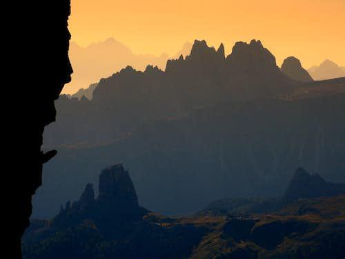 Croda da Lago sharp ridge at sunrise