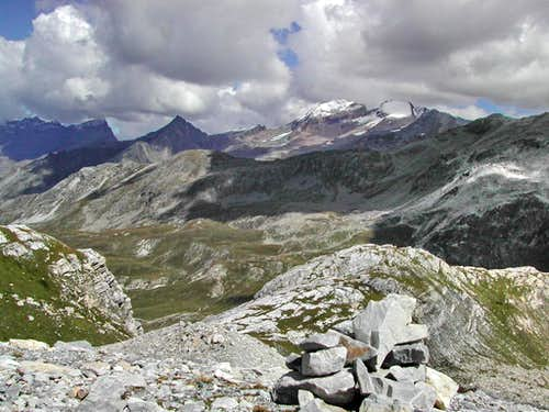 Gran Paradiso GROUP: view,...