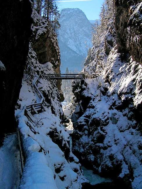 Lammer gorge. Who dares to...