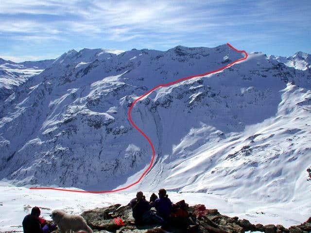 Ormelune NE classic route, seen from Mont de l'Arp Vieille summit.