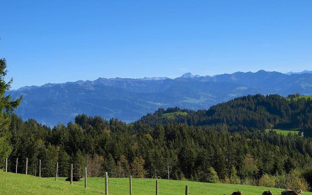 View from Unterer Gaebris (1198m)