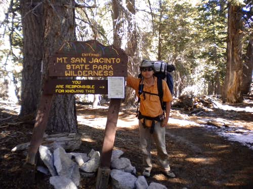 Trailhead from the Ranger Station