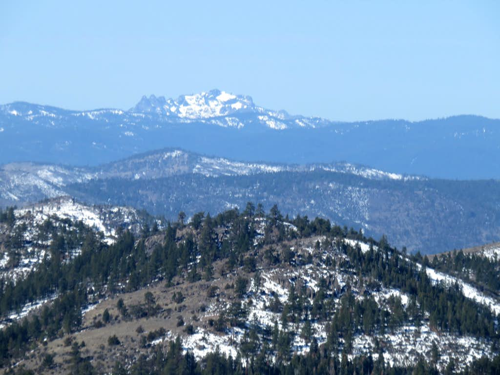 Sierra Buttes 8,591' from the summit of Balls Canyon Peak