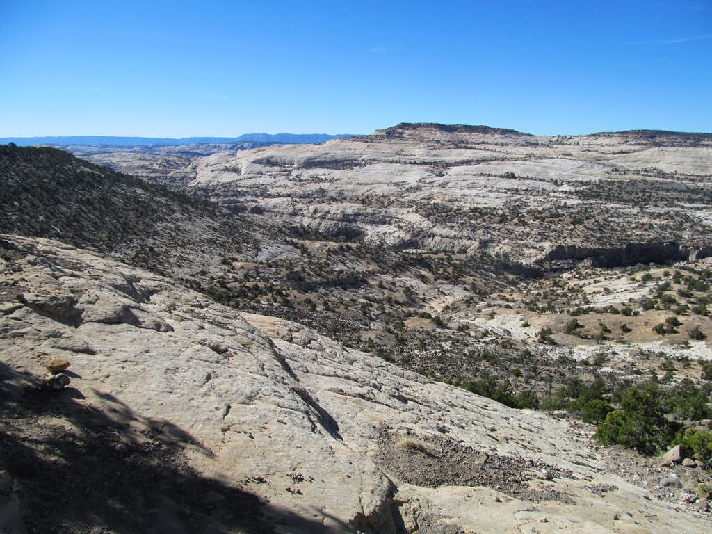 start of the Upper Calf Creek Falls trail