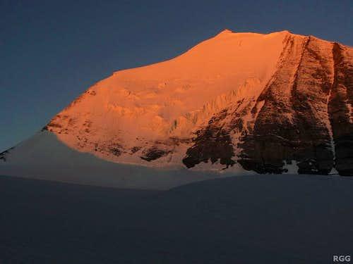 Morning alpenglow on the Bishorn NE Face