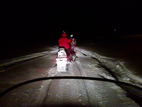 Arctic Finland 2015: of dogs, snowmobiles & Irishmen