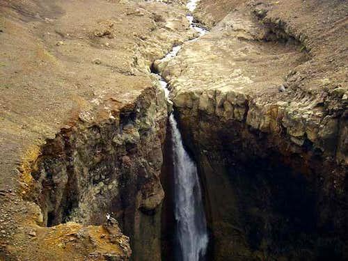 Waterfall of the Mutnaja...
