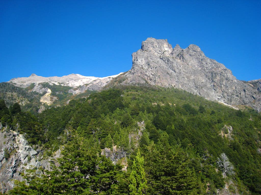 Views on the trail to refugio Lopez